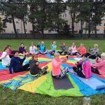 O letních prázdninách se 2x týdně cvičilo na školním hřišti.